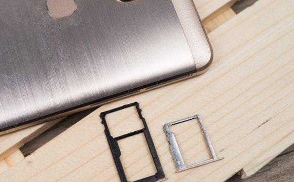 Лотки для SIM-карт Huawei