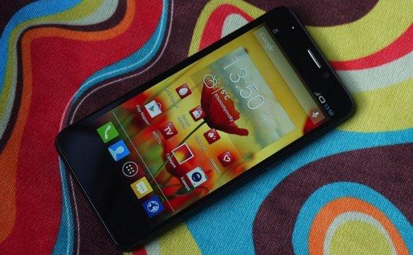 Смартфон более простой по
