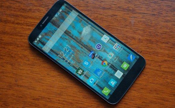 Обзор смартфона Alcatel