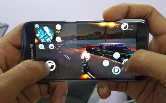 HTC 10 против Samsung Galaxy